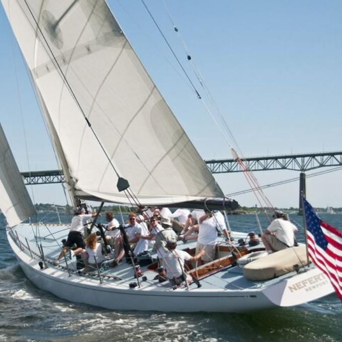 Sailing during Sip & Sail Cruise in Newport