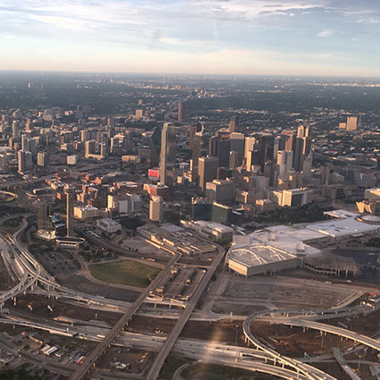 Dinner and Flight For 2 over Dallas
