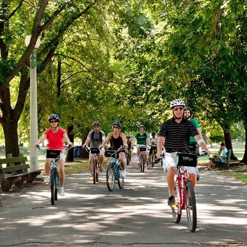 Tour Chicago on a Bike Tour
