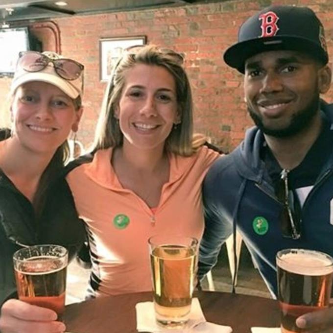 Fenway Pub Crawl in Boston