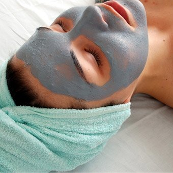 Signature Facial in Los Angeles