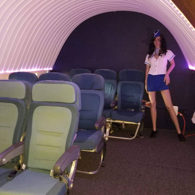 Learn to Fly in a Boeing 737 Flight Simulator near Tampa