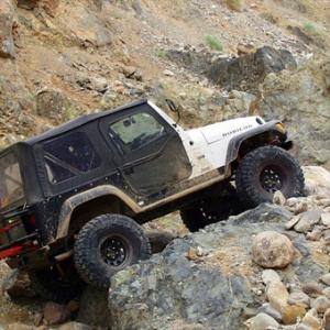 Earthquake Canyon Jeep Tour