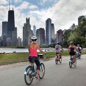 Sunset Bike Tour in Chicago