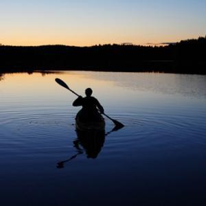 Moonlight Canoe Trip in Boston