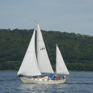 Private Sail on Lake Pepin