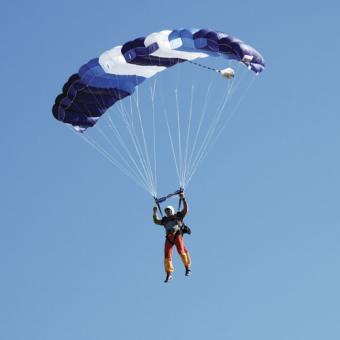 Tandem Skydiving in San Diego