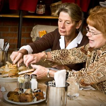 Food Tour - Sharing Samples