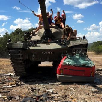 Crush a Car in a Chieftain MK6 Tank