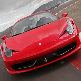 Race a Ferrari Los Angeles