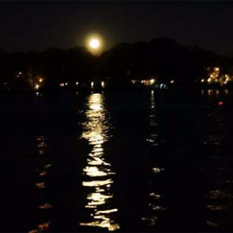 Kayak Tour under Full Moon