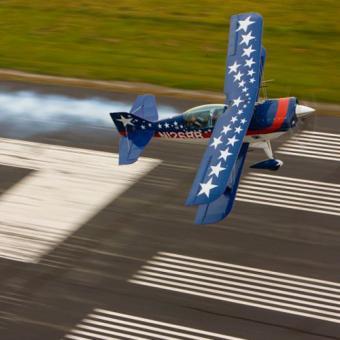 Acrobatic Thrill Ride