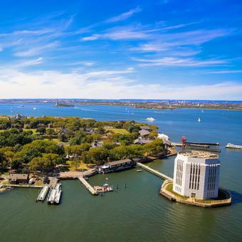 Helicopter Tour over Governors Island in New York