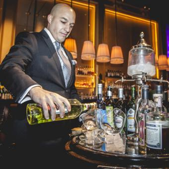 Dinner Tour with Signature Drinks