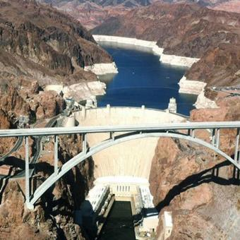 Helicopter Tour over the Hoover Dam