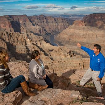 See the Grand Canyon with a Guide