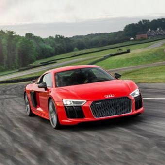 race an audi r8 in detroit from cloud 9 living