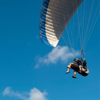 Tandem Paragliding in Santa Barbara
