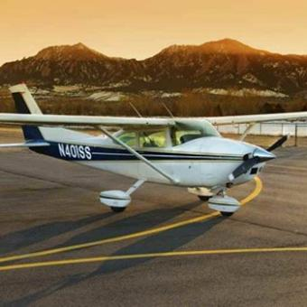Scenic Discovery Flight near Boulder