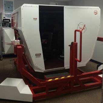Full motion flight simulator in Miami