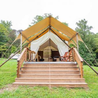 Deluxe Safari Tent in Tennessee