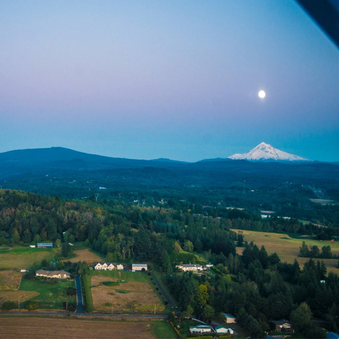Scenic Flight Over Mount Hood