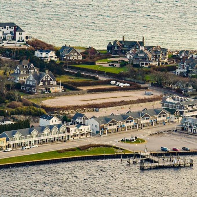 Fishers Island Helicopter Tour in Rhode Island
