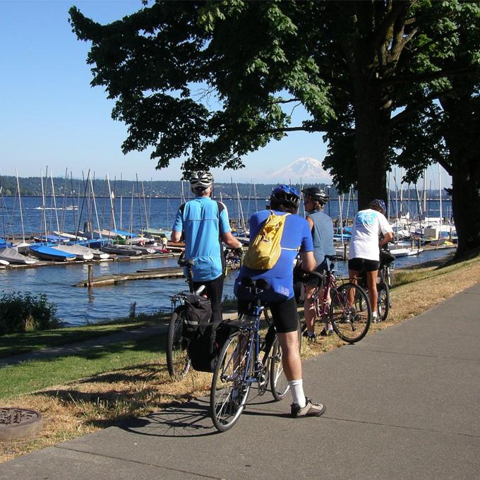 Tour Seattle on a Bike
