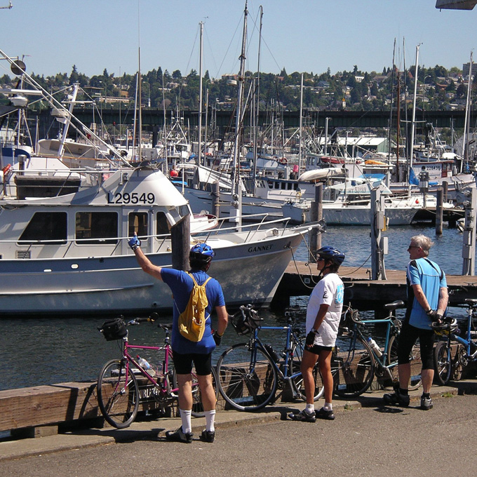 See Seattle on Two Wheels