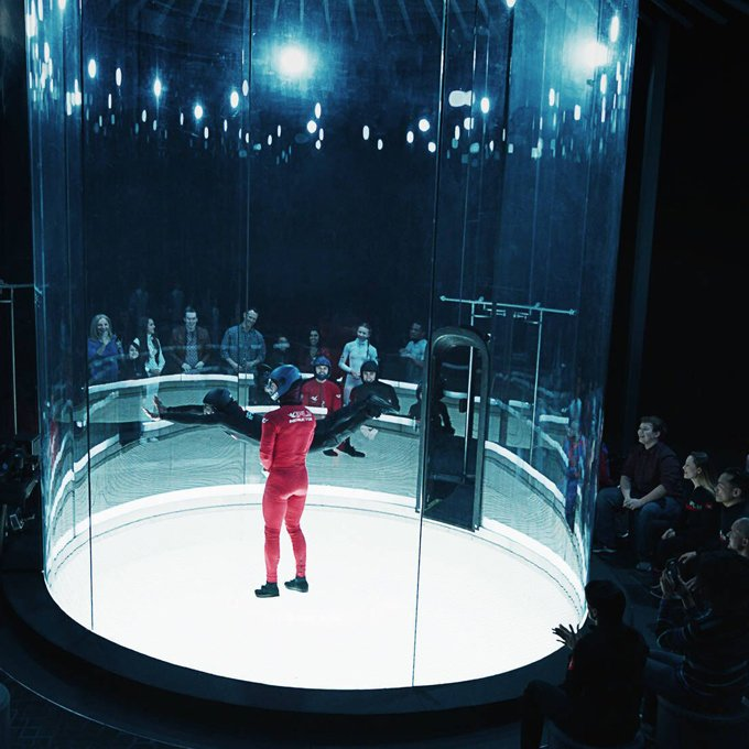Wind Tunnel for Indoor Skydiving