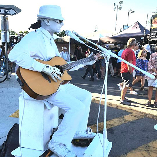 Street Musician During LA Smartphone Tour