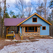 Mountain Cabin Overnight Stay near Chattooga River