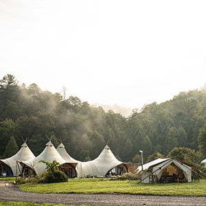 Glampground near Great Smokey Mountains