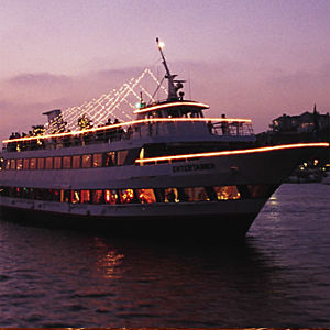 Newport Beach Dinner Cruise