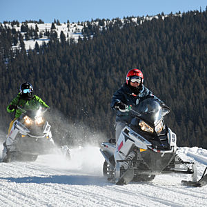 Advanced Snowmobiling Tour