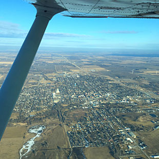 Learn to Fly a Cessna 172 in Iowa