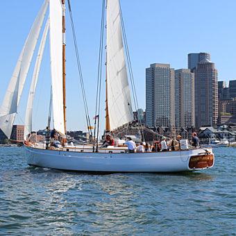 Boston Sailing Cruise and Skyline