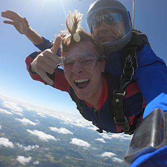 Tandem Skydiving in Cleveland