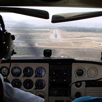 Cockpit of Piper Warrior