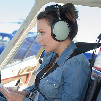 Learn to Fly a Helicopter near Detroit