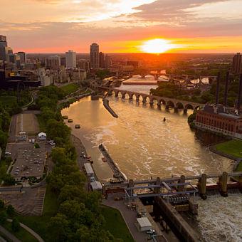 Minneapolis Sunset Airplane Tour