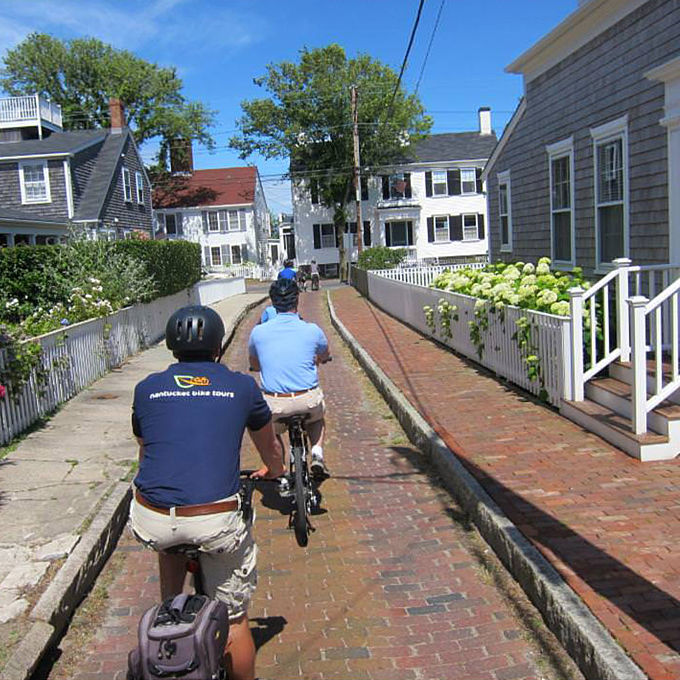 Guided Bike Tour around Nantucket