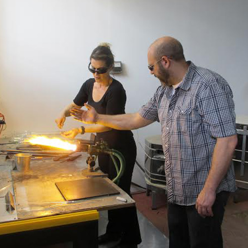 Couples Glass Blowing Lesson in Philadelphia