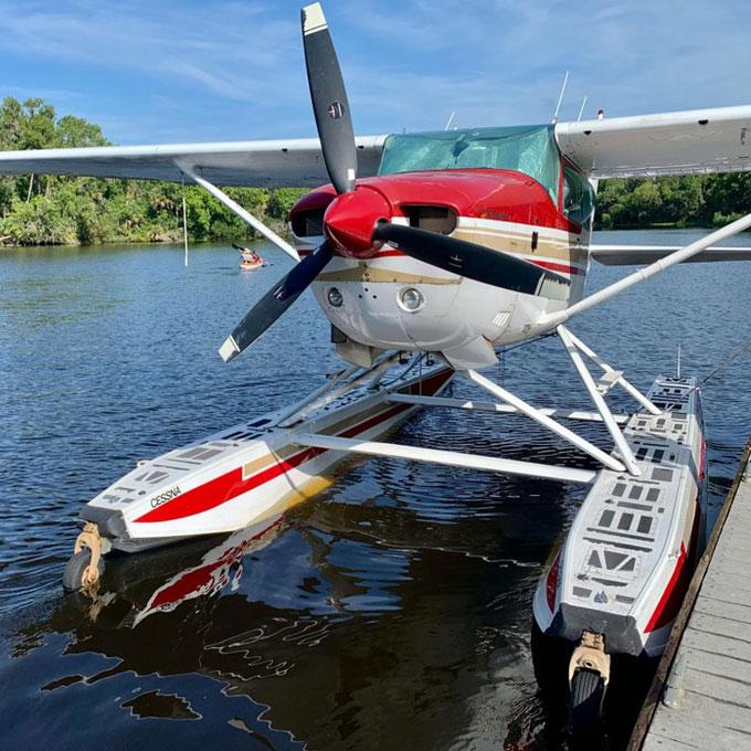 Lake Dora Seaplane Sightseeing Tour near Orlando