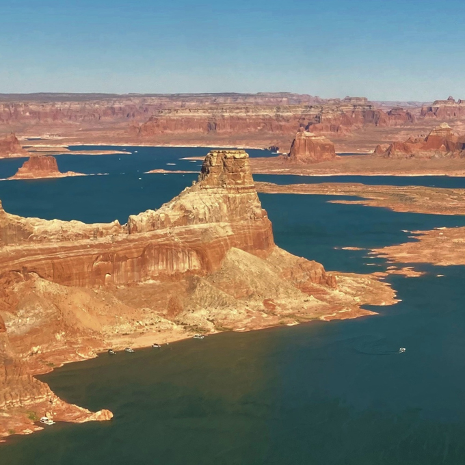 Scenic Helicopter Tour of Alstrom Point, Lake Powell, and Navajo Canyon
