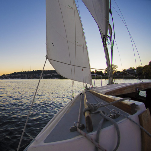 Private Seattle Sailing Charter on Monoloco