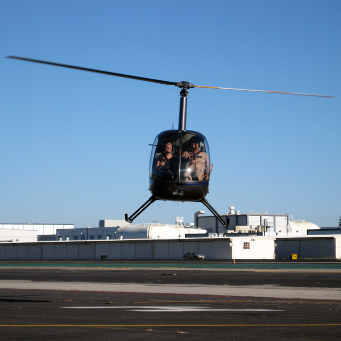 Helicopter Flight Lesson in R22 Helicopter in Los Angeles, CA