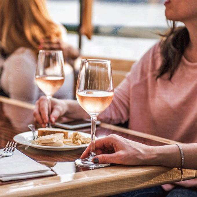 Wine and Cheese Tasting Cruise in Manhattan