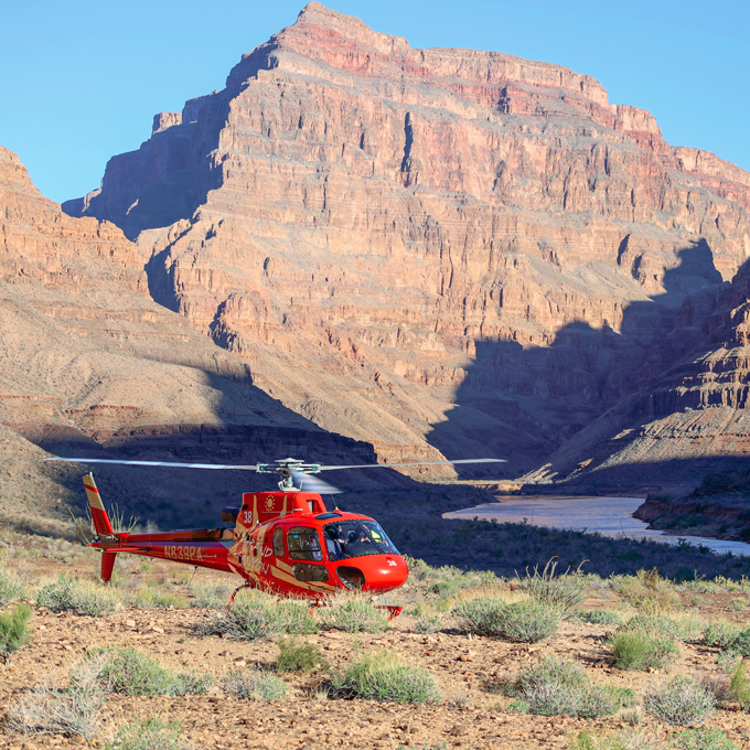 Arizona Helicopter Tour with Scenic Landing in Grand Canyon