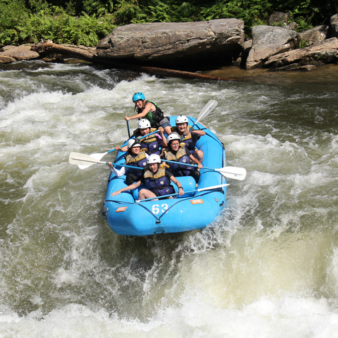 Class III rapid down the Chattooga River